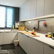 热门面积91平现代三居厨房装修设计效果图片欣赏