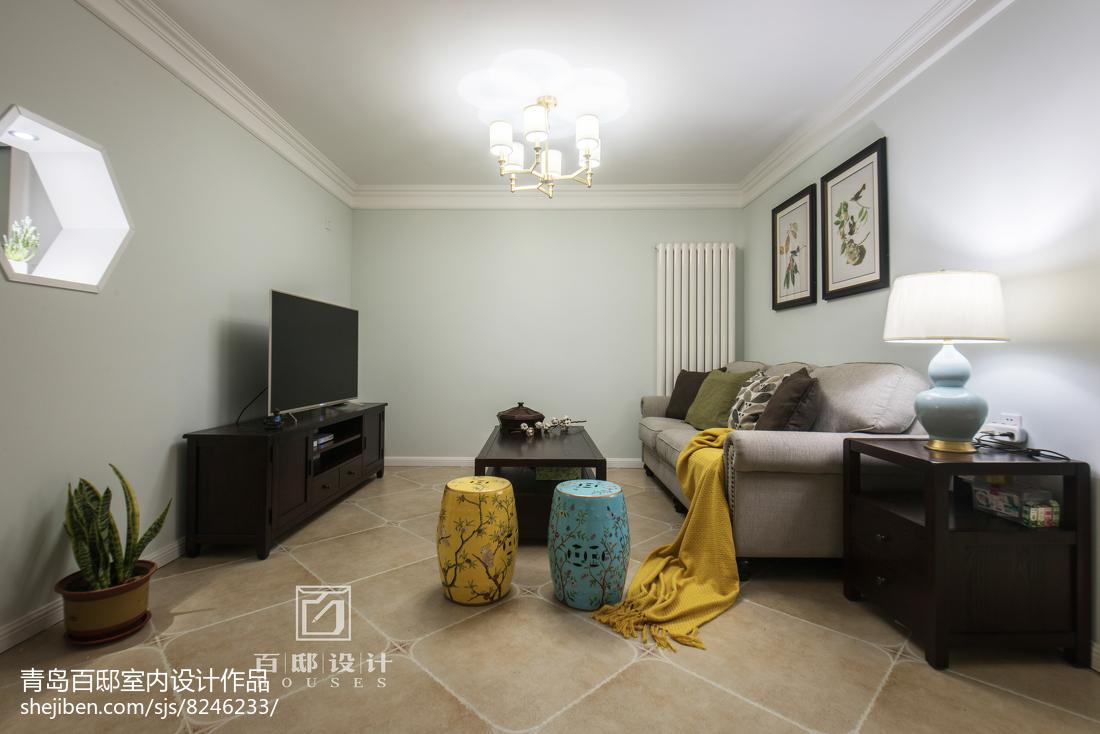 面积106平美式三居客厅装饰图片欣赏