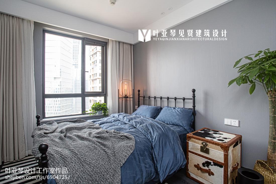 轻奢89平现代三居装修案例