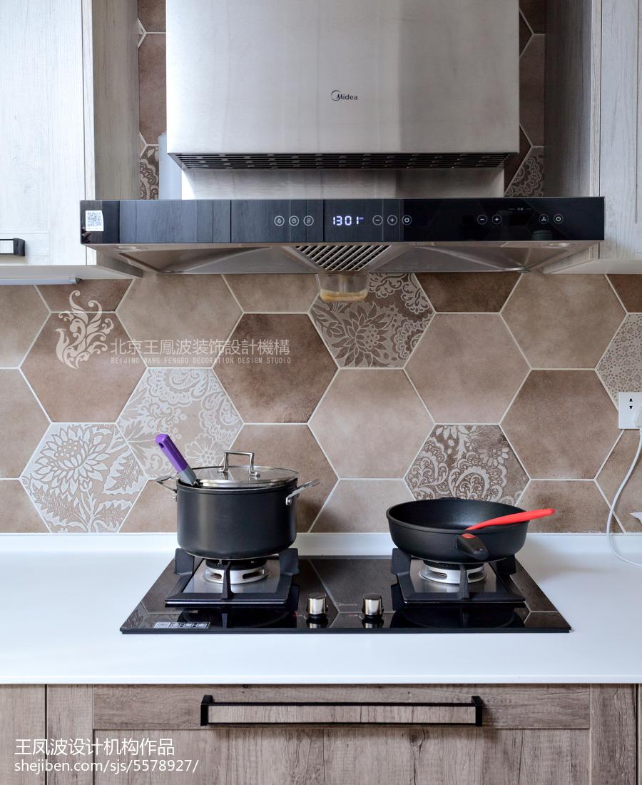 优雅112平现代三居厨房装修效果图