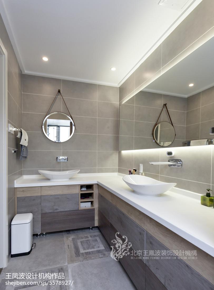 精美108平米三居卫生间现代装修实景图片