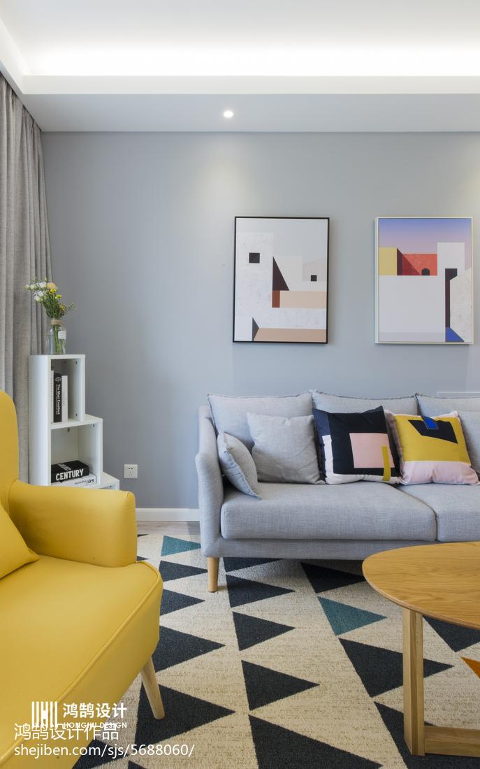 77平米二居客厅北欧装修图片欣赏