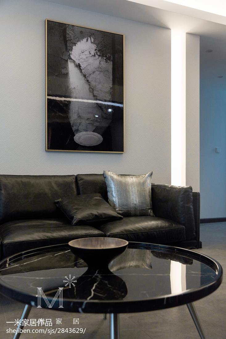 热门面积105平简约三居客厅实景图片
