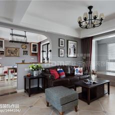 热门面积105平美式三居客厅实景图