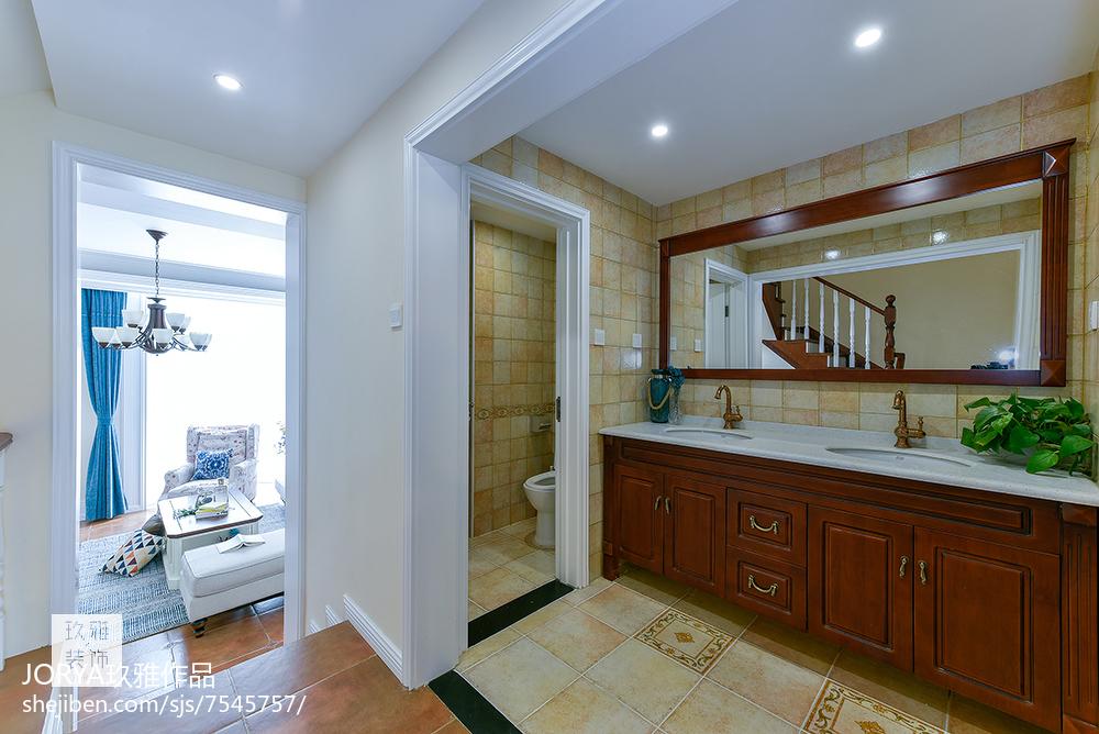 复古美式三居卫浴设计图