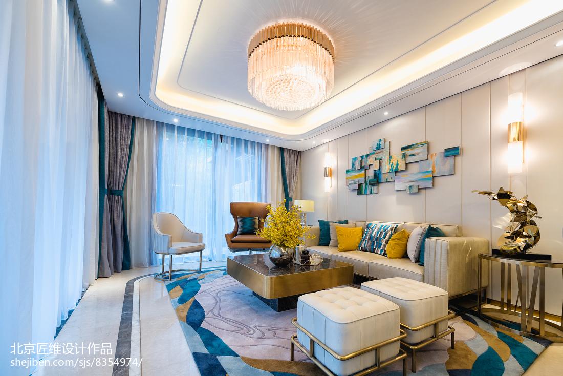 现代样板房客厅沙发设计图