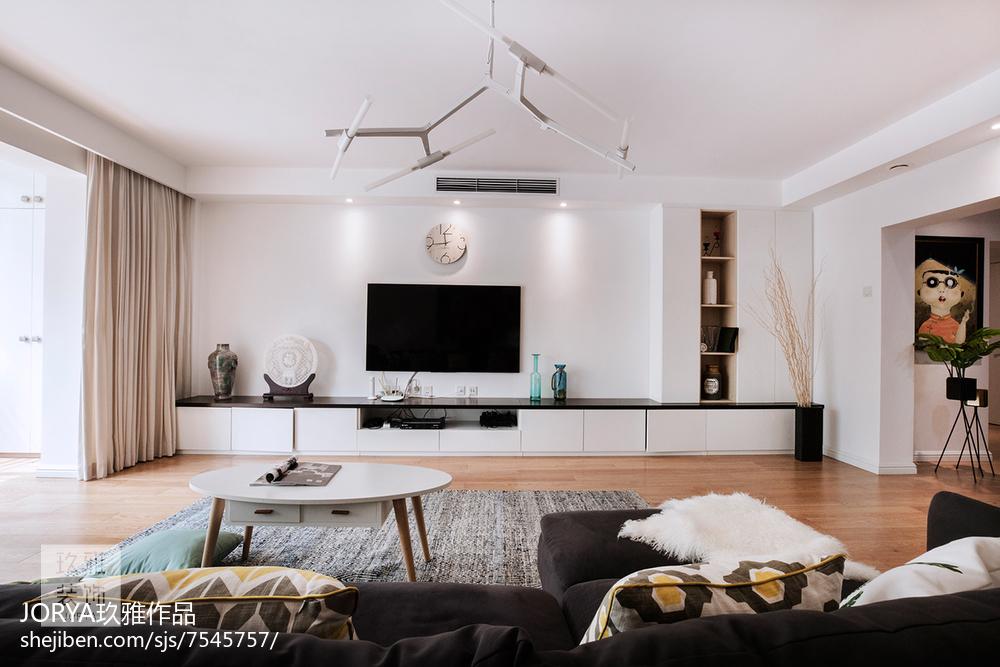 溫馨79平歐式二居設計案例