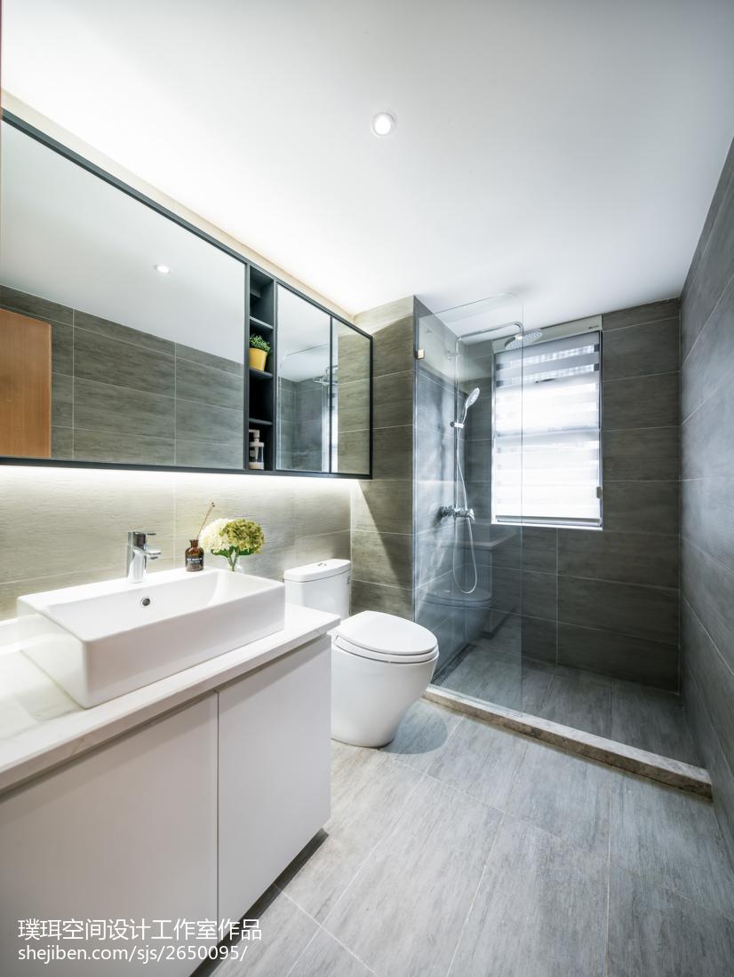 高級灰簡約三居衛浴設計圖