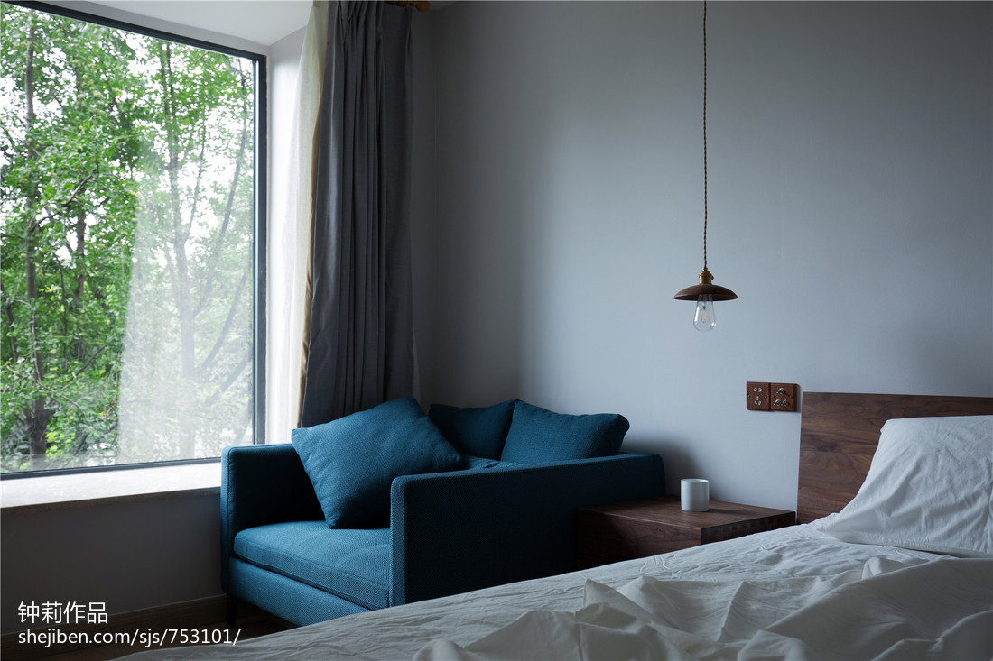 质朴79平简约三居卧室布置图