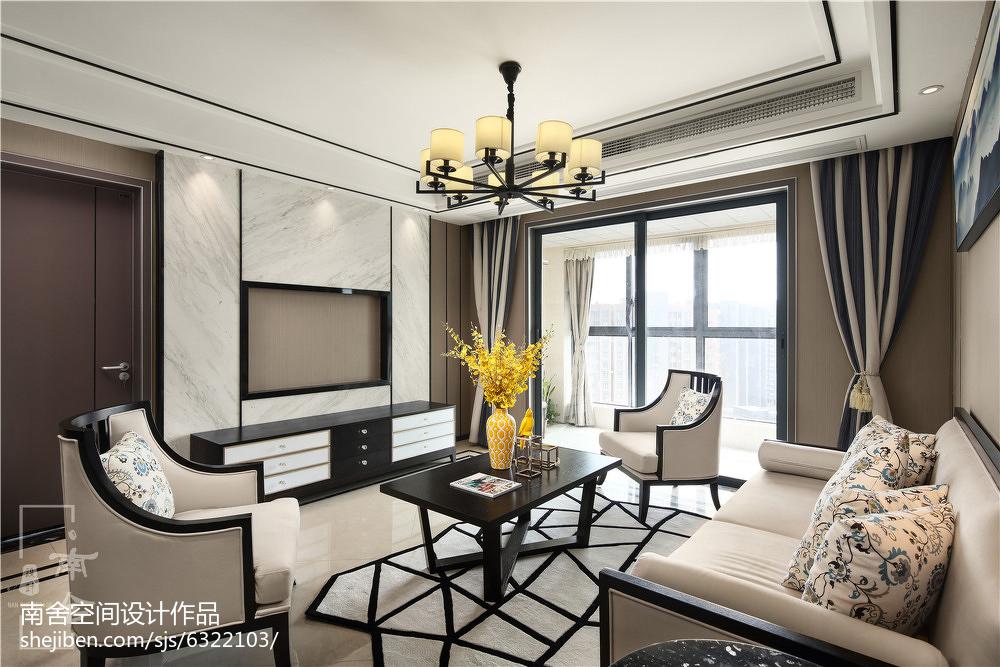 中式三居客厅装修实景图片