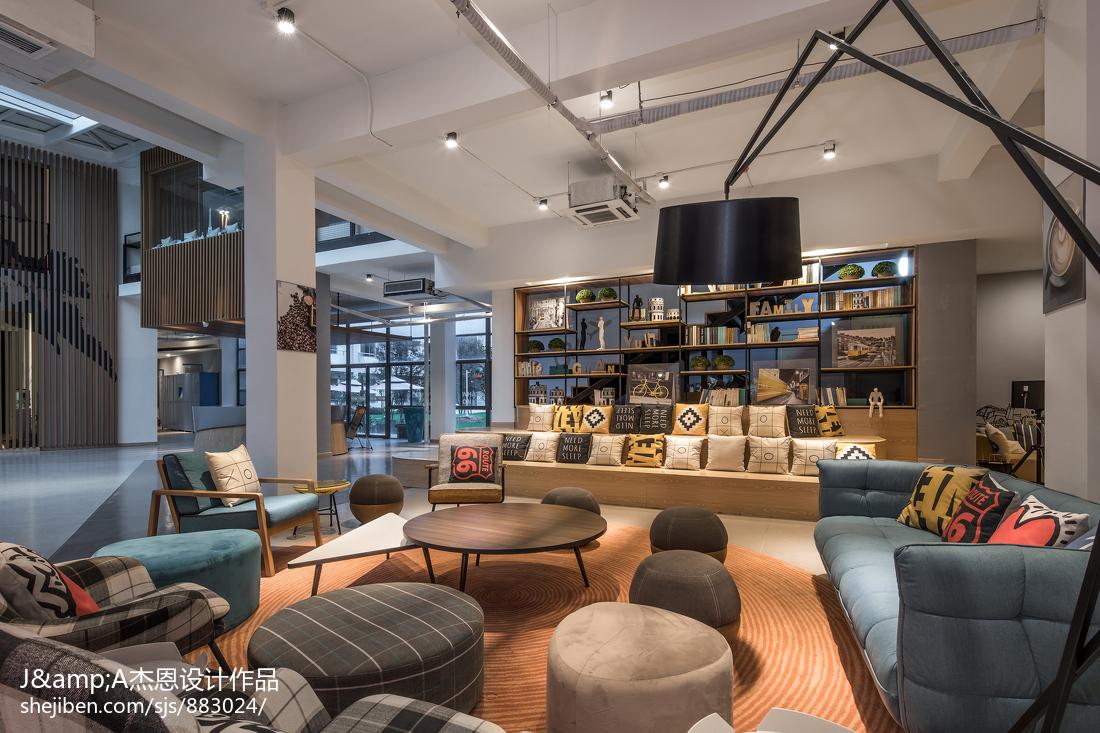 2018精选面积136平复式客厅欣赏图