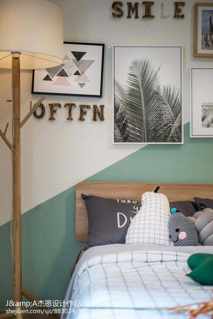 2018复式卧室装修欣赏图片