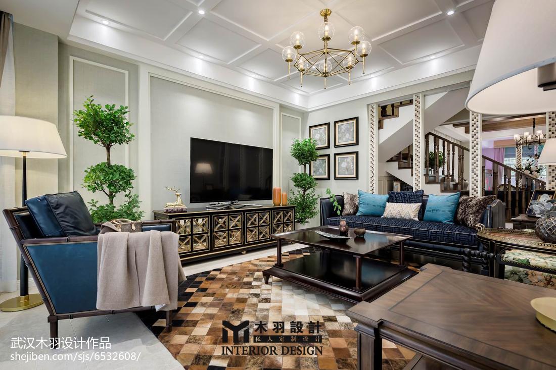 2018大小136平别墅客厅新古典装修效果图片