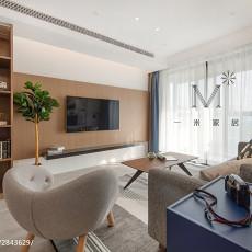 2018精选大小95平现代三居客厅装饰图