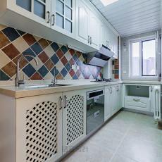 美式风情三居厨房设计图