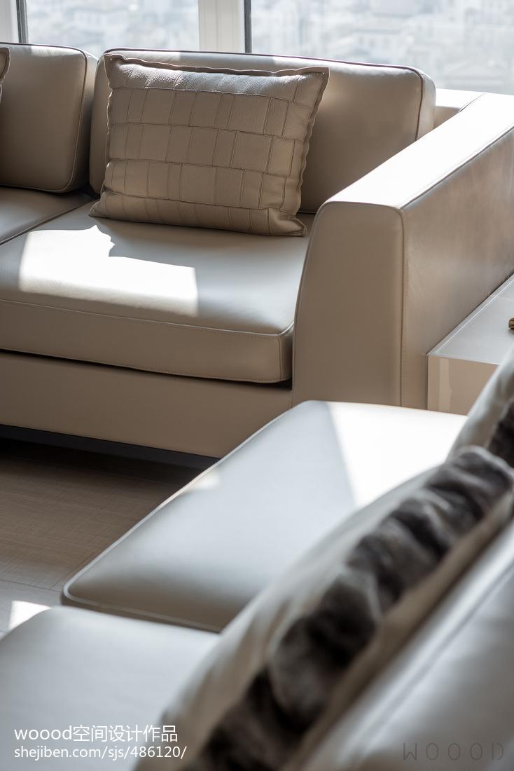 温馨127平现代四居客厅装潢图
