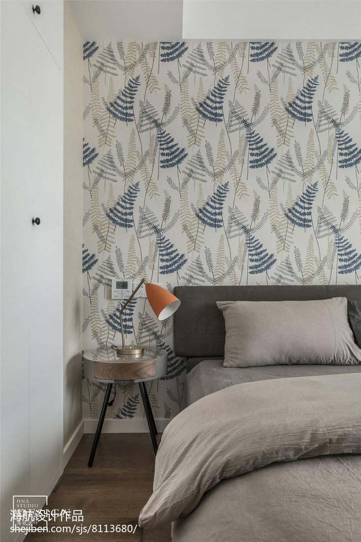 精选面积107平现代三居卧室装饰图片