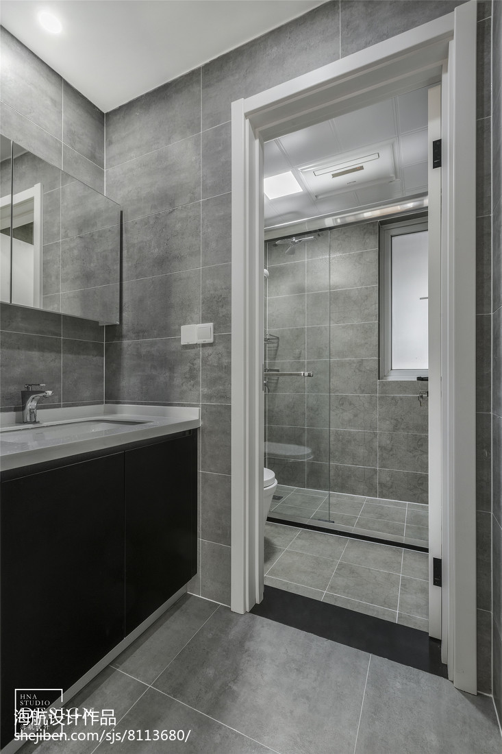 灰色系三居卫浴设计图