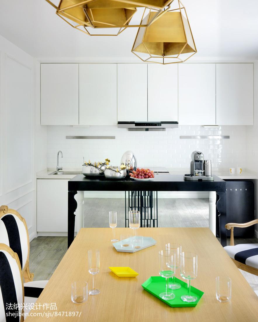 2018别墅厨房装修设计效果图片欣赏