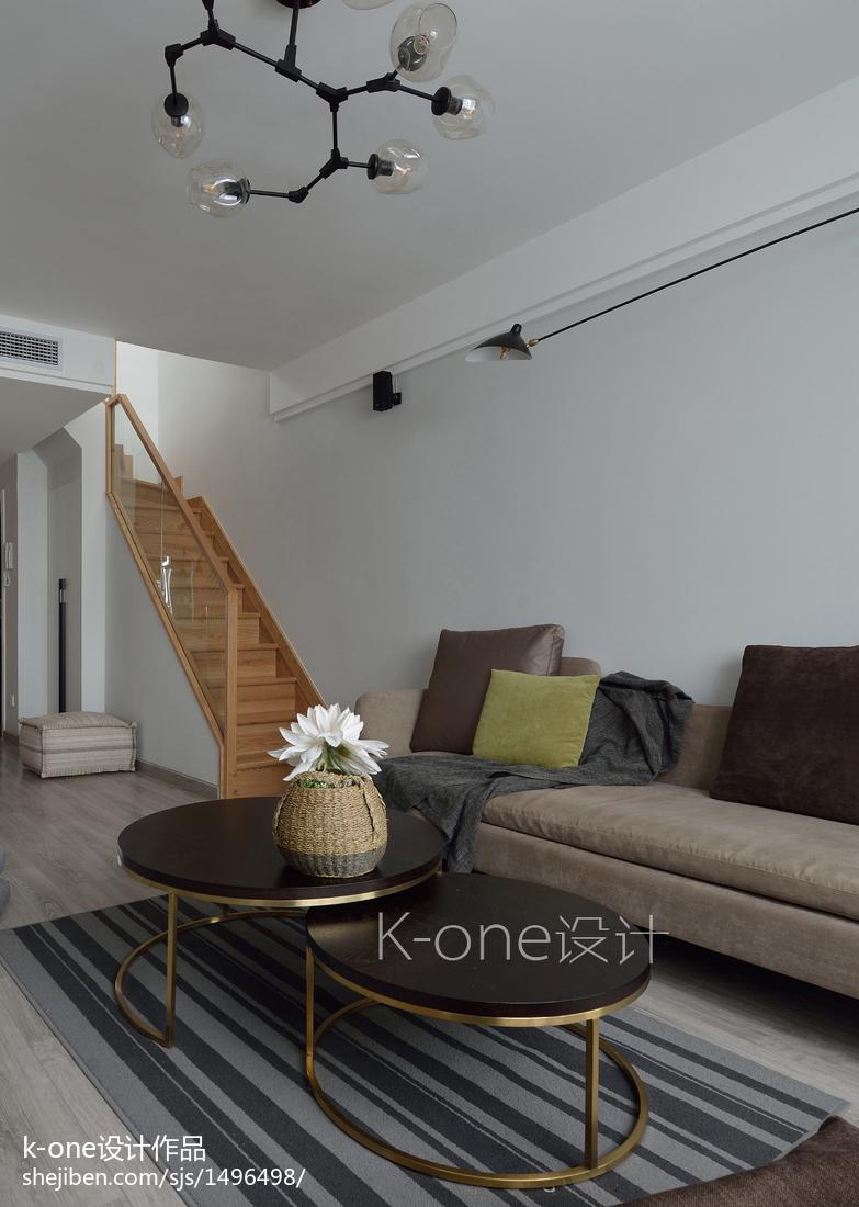 质朴83平简约复式客厅装饰图片