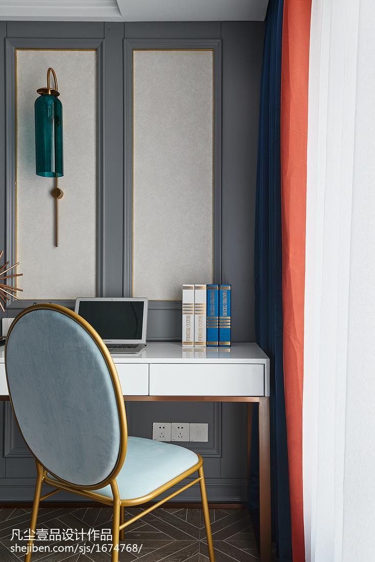 典雅117平法式三居卧室实景图