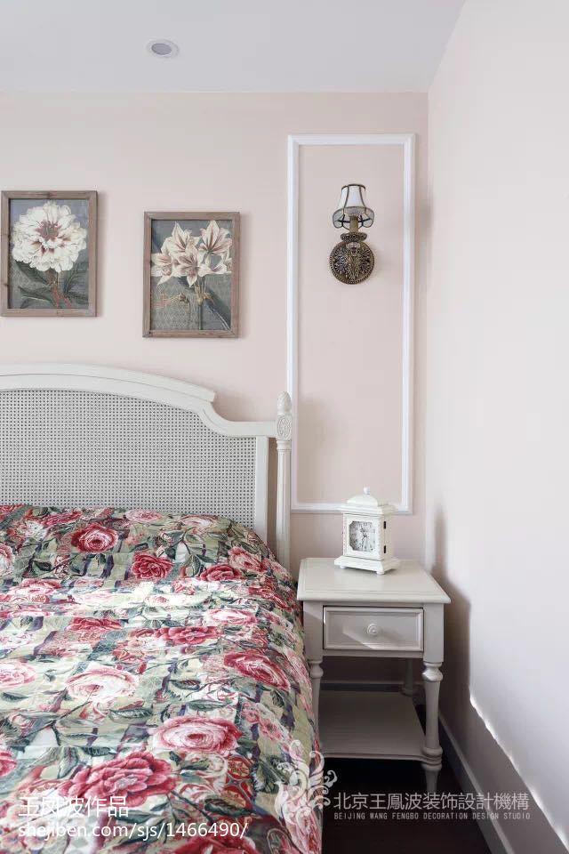 精美美式小户型卧室装饰图片欣赏