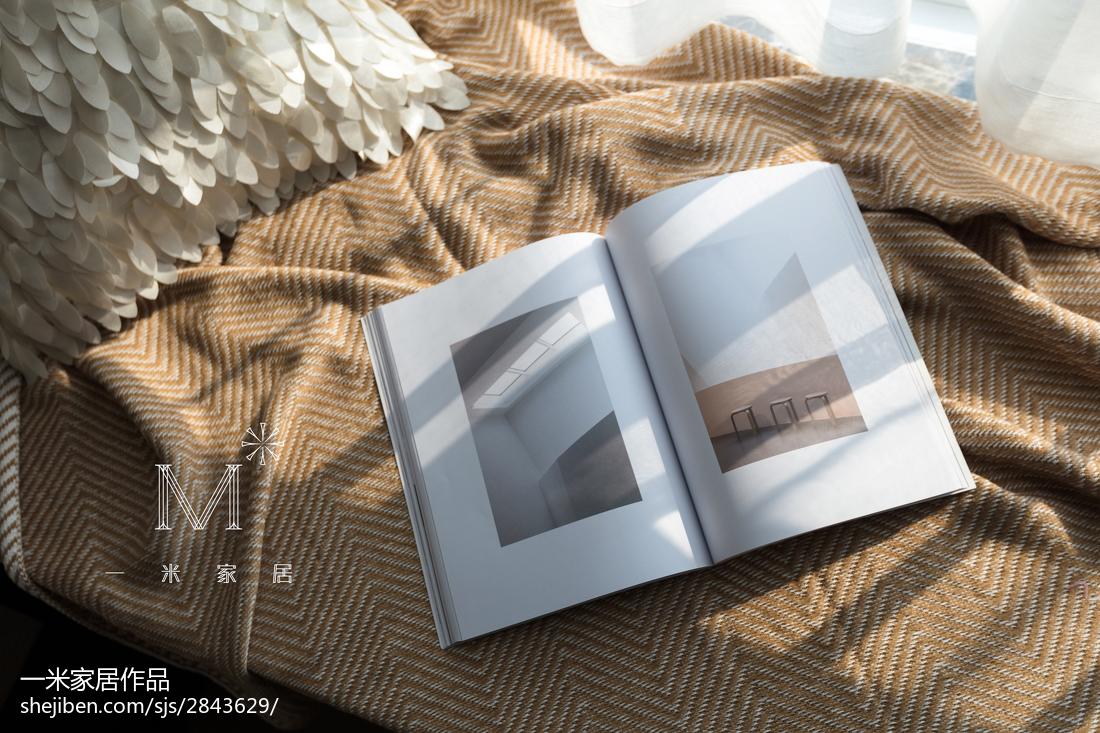 大小78平现代二居卧室装修实景图