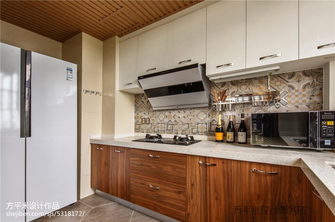 三居厨房现代设计效果图
