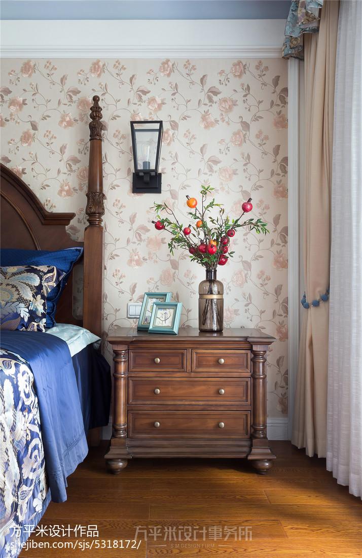 优美54平美式复式卧室装修设计图