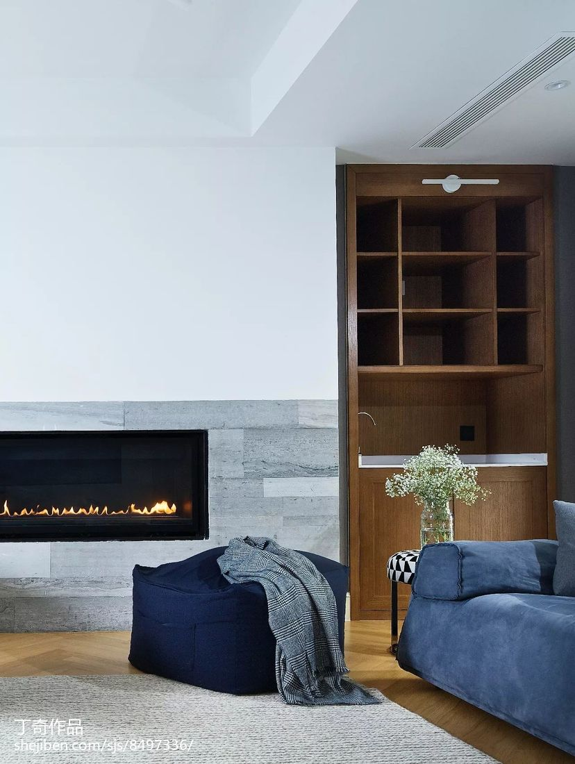 热门面积133平别墅客厅现代装修设计效果图片大全