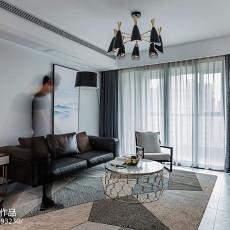 2018大小132平现代四居客厅装饰图片欣赏