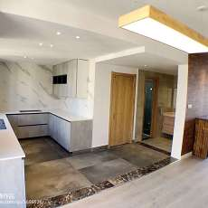 热门日式复式厨房装修设计效果图片欣赏