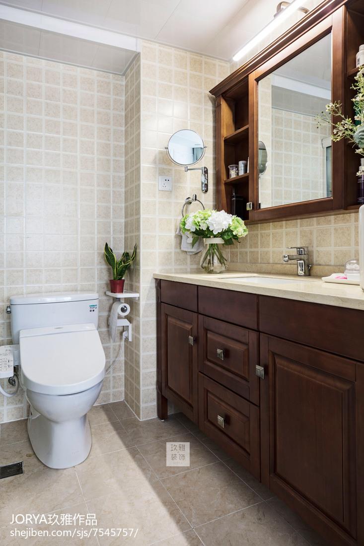 美式风三居卫浴设计实景图片