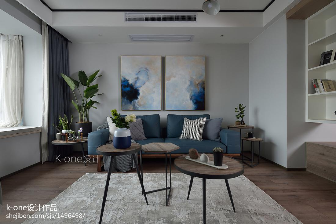 现代风三居客厅设计实景图片