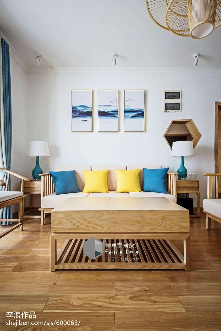 2018140平米四居客厅中式装饰图