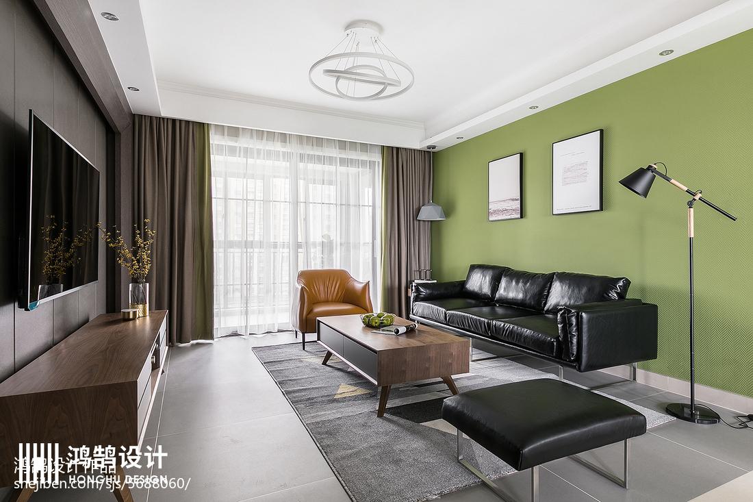 130平现代客厅设计图片
