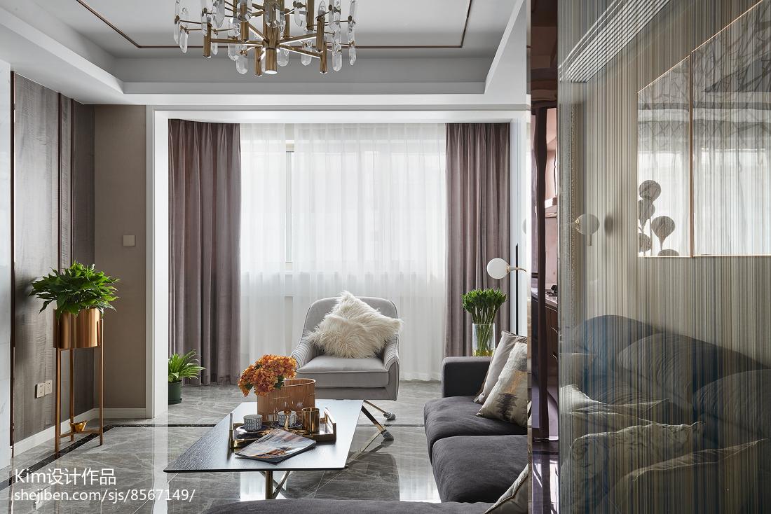 面积118平现代四居客厅装饰图片