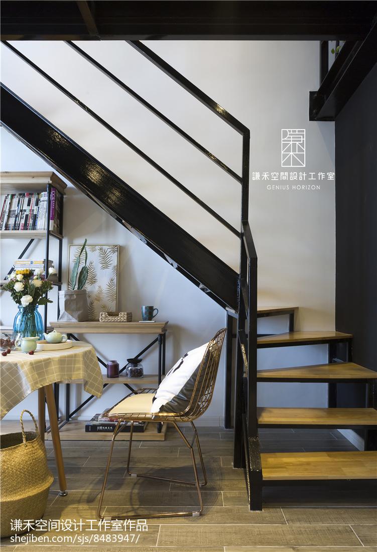 复式北欧风楼梯设计图片
