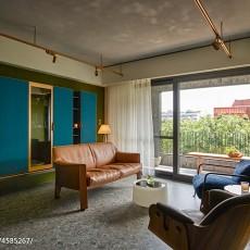 144平米四居客厅现代装修欣赏图
