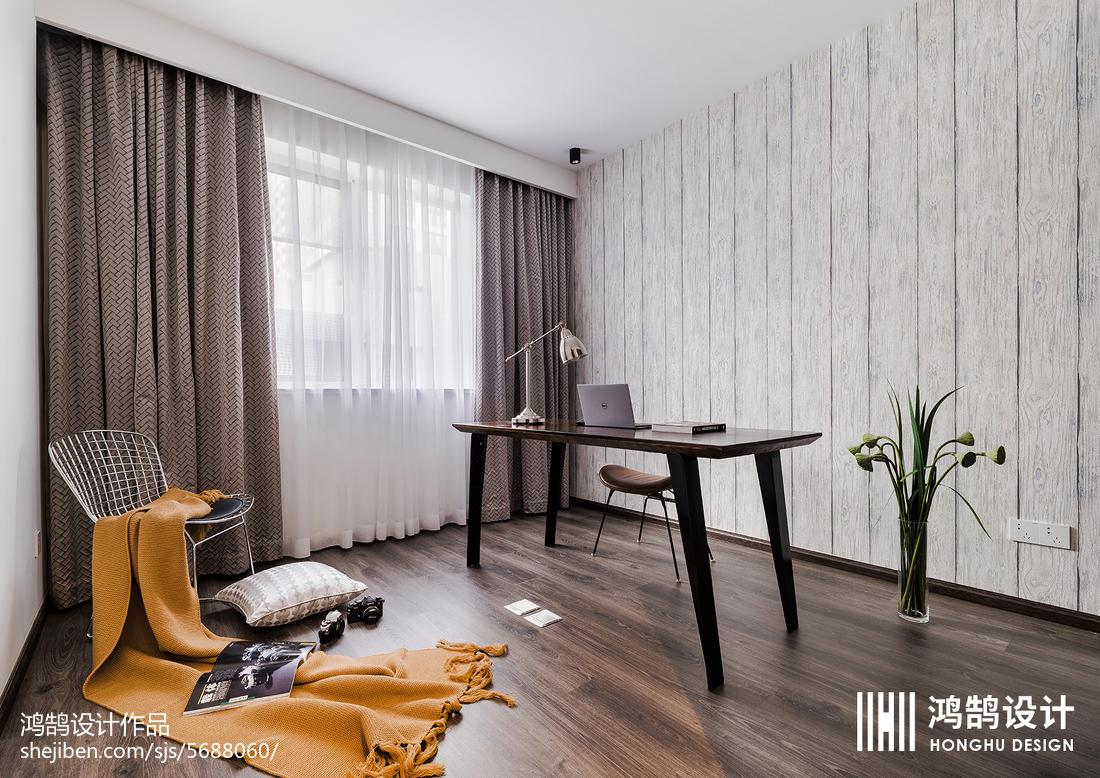 明亮88平现代三居装修案例