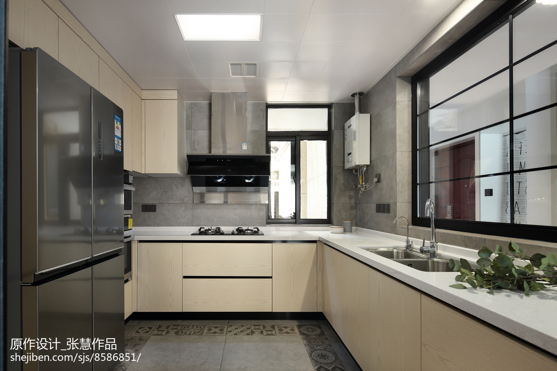 精美现代复式厨房装修欣赏图片