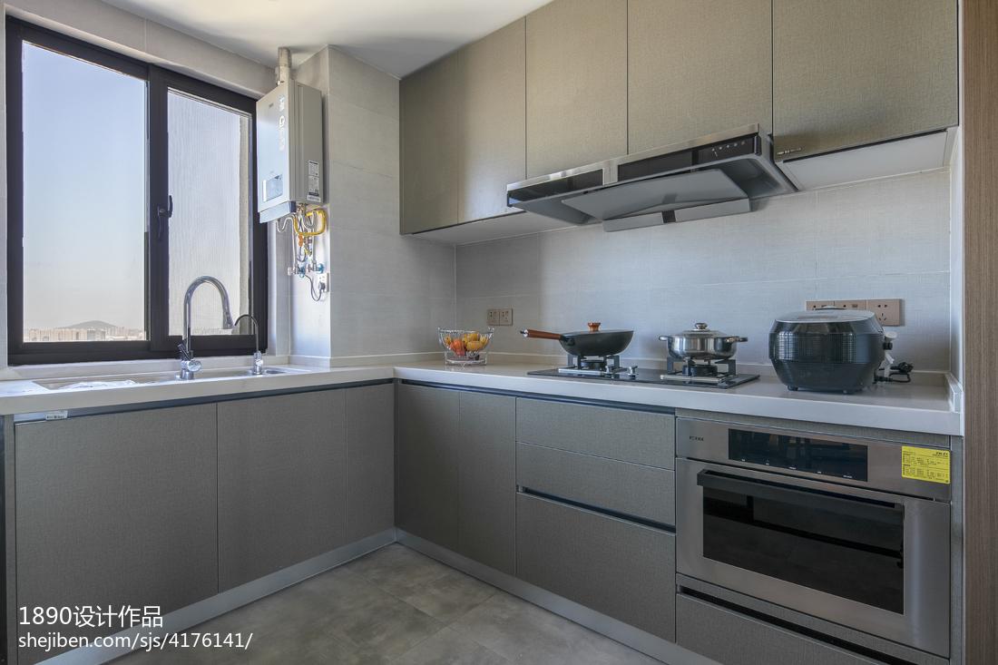 深灰系简约厨房设计图片