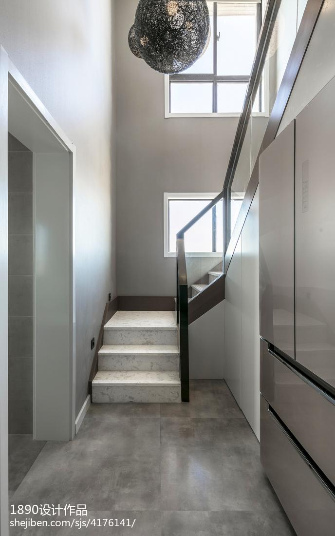 深灰系简约楼梯设计图