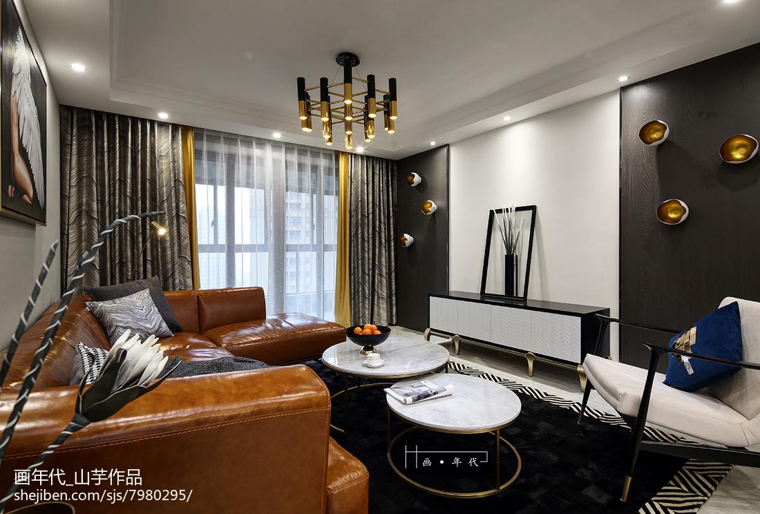 精选110平米四居客厅新古典实景图片