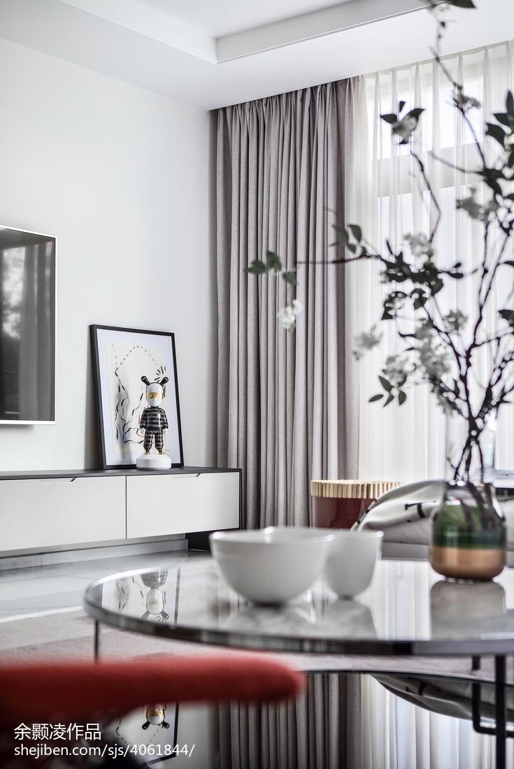 精选120平方现代别墅客厅装饰图