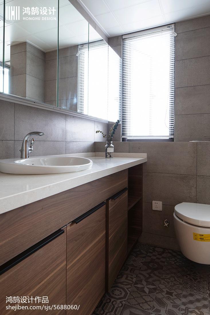 热门98平米三居卫生间现代设计效果图