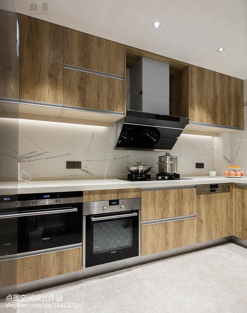 2018现代三居厨房装修设计效果图