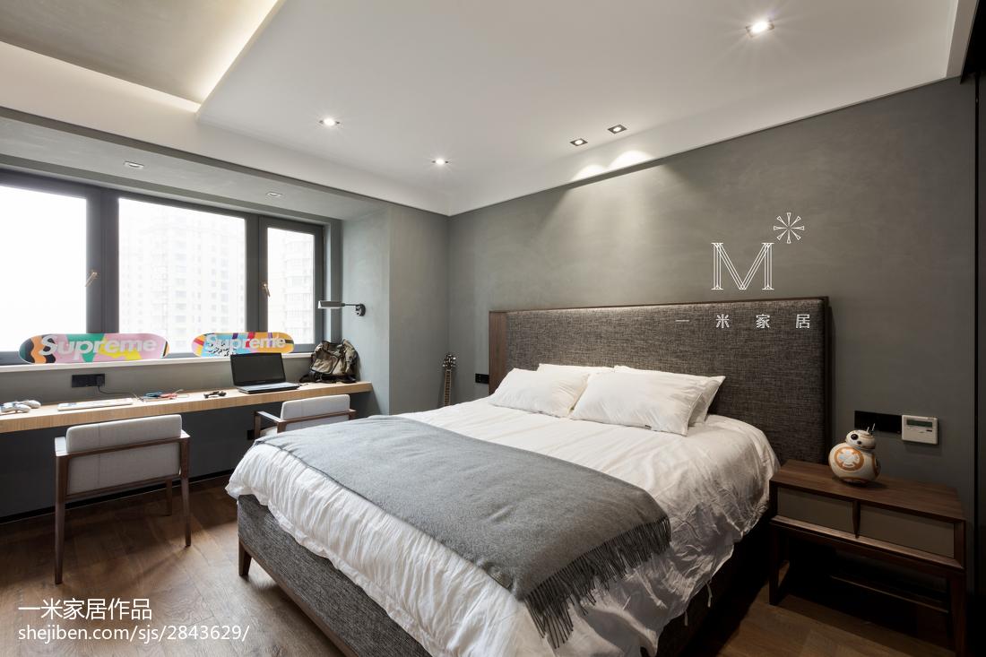 2018124平米四居卧室现代装修效果图片大全