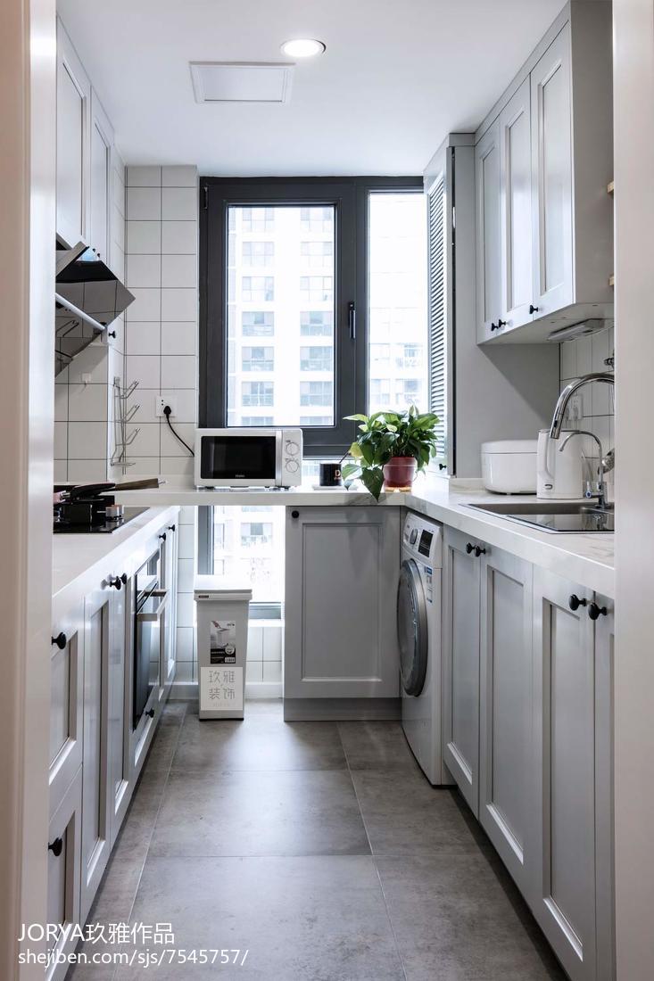 精选74平米二居厨房现代装修实景图片欣赏