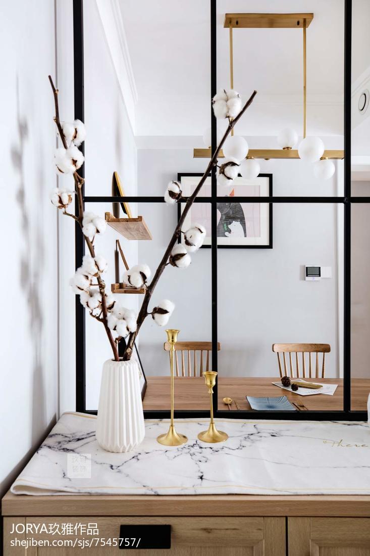 精美80平米二居客厅现代装饰图片欣赏